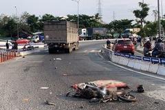 Người đàn ông đi xe máy rẽ vào làn ôtô bị xe tải tông tử vong