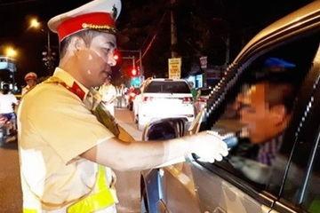 Hà Tĩnh: Vi phạm nồng độ cồn, một tài xế bị phạt 35 triệu đồng