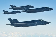 Trung Quốc hung hăng ở khu vực tranh chấp, Nhật Bản điều vũ khí 'khủng'