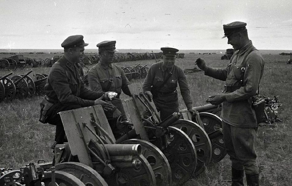 Ảnh chưa công bố về chiến lợi phẩm của Liên Xô trong chiến dịch Khalkhyn Gol