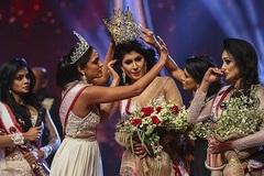 Cuộc thi sắc đẹp ở Sri Lanka kết thúc với màn 'lật kèo không tưởng'