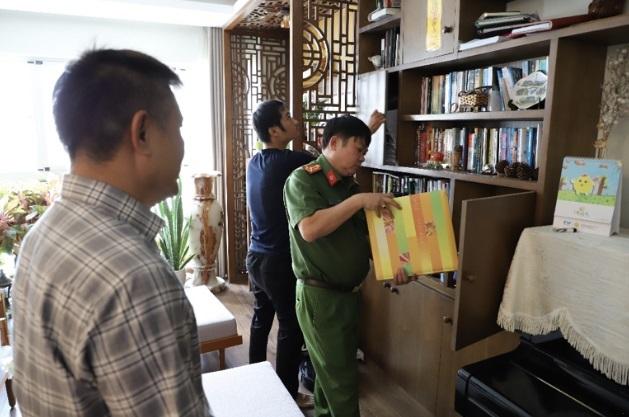 Vụ xăng giả 'khủng': Bắt Tổng Giám đốc Công ty Phúc Lâm, khám xét 9 địa điểm