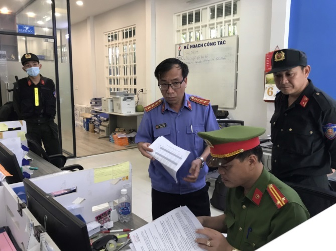 Xăng giả khủng Đồng Nai,Khám xét,Trần Huy Lập,Công an Đồng Nai,Bộ Công an