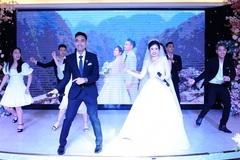 """Cô dâu chú rể Hà Nội song ca ngày cưới """"chất lừ"""" như ca sĩ chuyên nghiệp"""