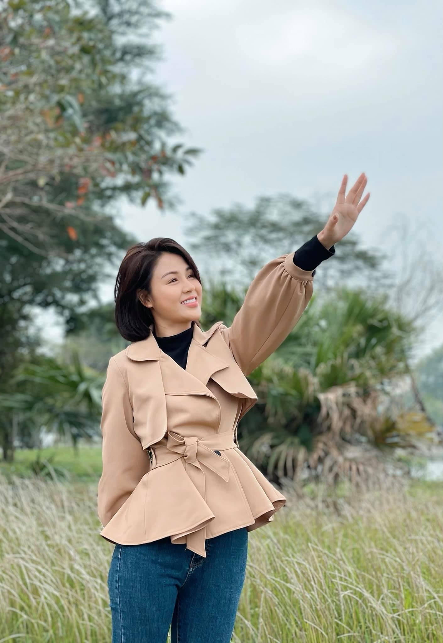 Nữ chính 'hot' Hướng dương ngược nắng: 'Tôi hài lòng với cuộc sống mẹ đơn thân'