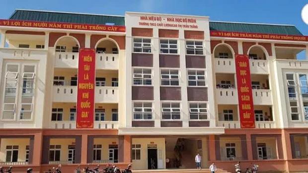 Bắc Giang,học sinh ngã từ tầng 2,phẫu thuật