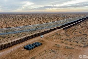 Chuyên gia bình luận gì về cuộc khủng hoảng biên giới Mỹ - Mexico?