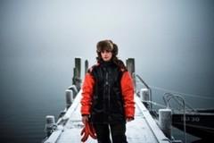 Thợ lặn săn lùng loài hàu hiếm ở vùng băng giá Thuỵ Điển