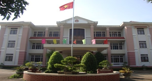 Đắk Nông: Phó Chủ tịch huyện cấp 26 sổ đỏ 'khống' bị cách chức, khởi tố