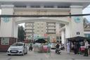 """200 người nghỉ việc ở BV Bạch Mai: """"Chúng nó phải gội đầu, phải gãi cho mẹ rồi"""""""