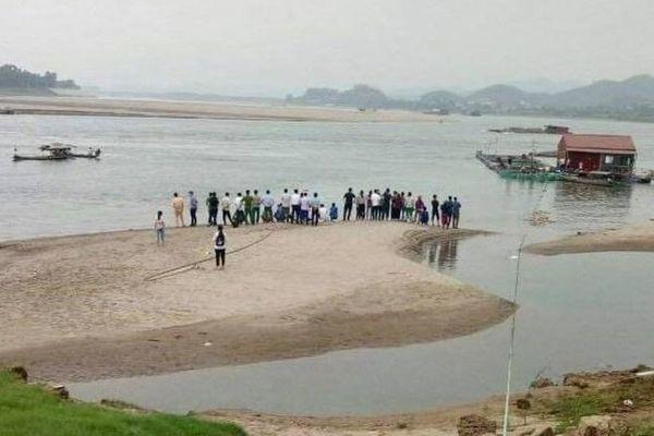 học sinh,học sinh mất tích,Thanh Thủy,Phú Thọ,tìm kiếm,tắm sông