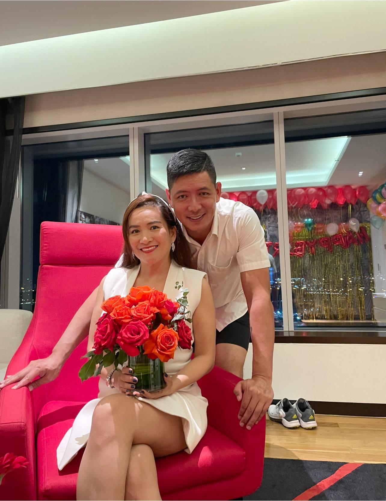 Bình Minh - Anh Thơ hạnh phúc kỷ niệm 13 năm ngày cưới, dân mạng 'ghen tị' về độ đẹp đôi