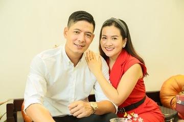 """Bình Minh - Anh Thơ hạnh phúc kỷ niệm 13 năm ngày cưới, dân mạng """"ghen tị"""" về độ đẹp đôi"""