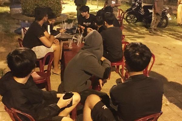 """Quảng Nam: """"Trai làng"""" lên mạng xã hội kêu gọi đồng bọn đi hỗn chiến"""