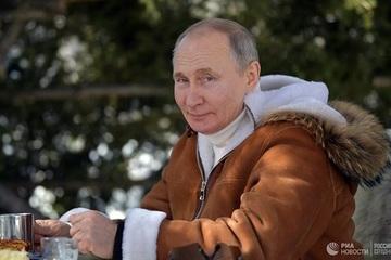 Ưa du lịch mạo hiểm, Tổng thống Putin nhiều lần bị 'cấm cản'