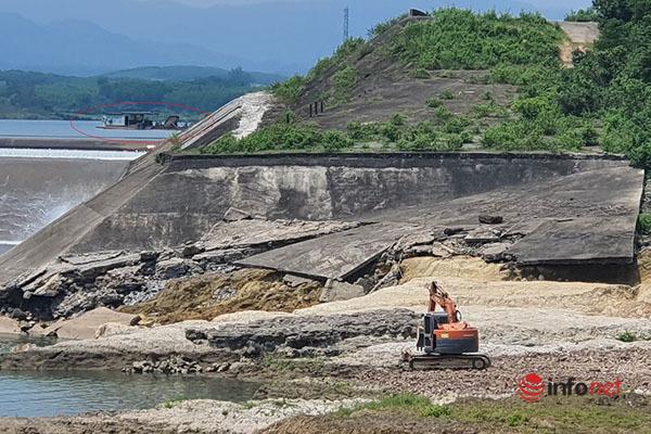 Quảng Trị: Đập tràn hư hỏng nặng, bãi tập kết cát sỏi vẫn ngang nhiên hoạt động