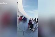 Công trình kiến trúc 17 triệu USD của Trung Quốc biến thành sân chơi trẻ em