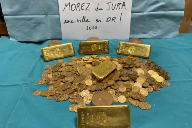 Phát hiện kho báu chứa đầy vàng trong căn nhà cổ ở Pháp