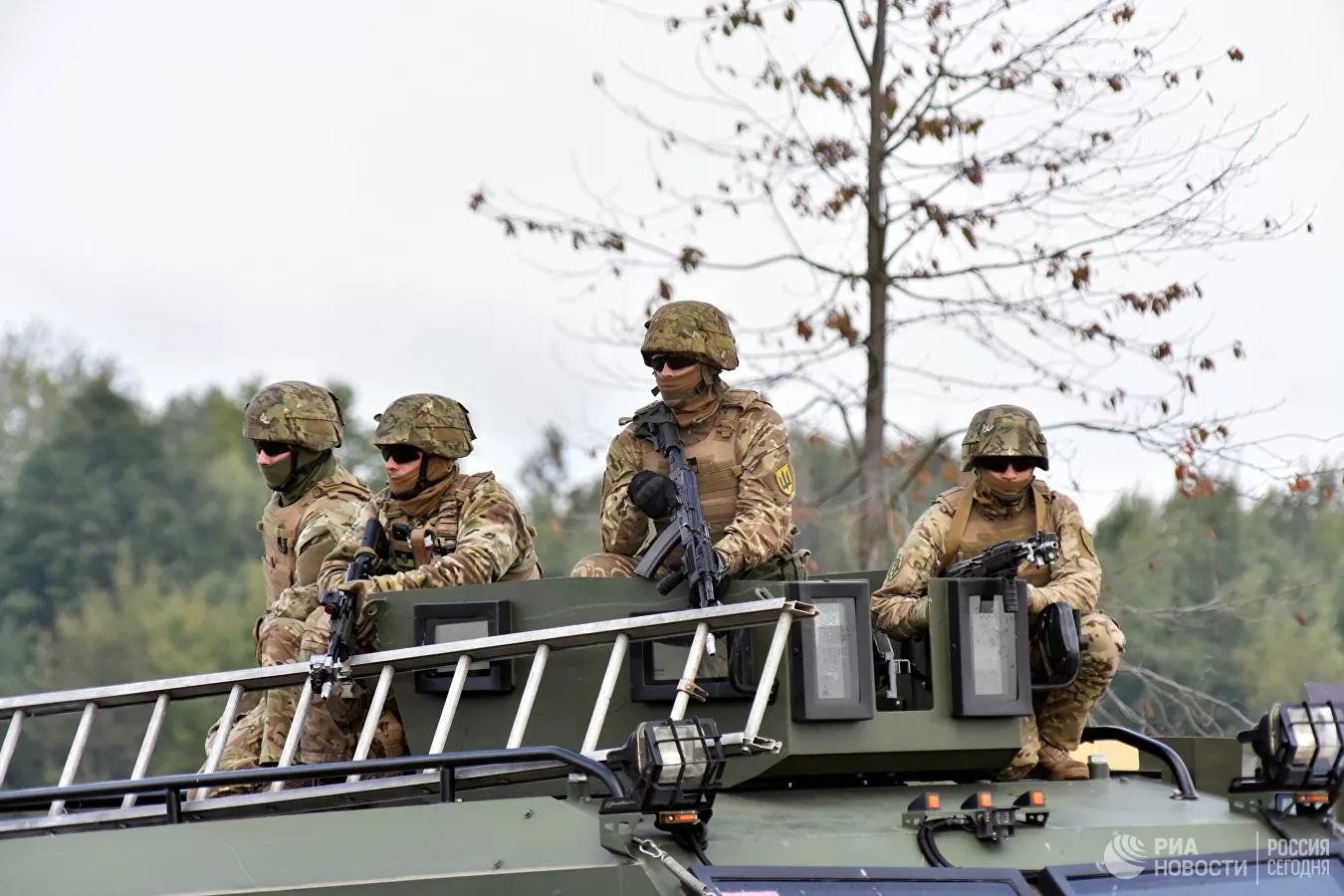Phương Tây sẽ không bảo vệ Ukraine bằng các biện pháp quân sự