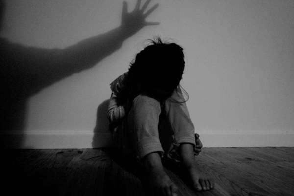 bạo hành,trẻ em,án chung thân