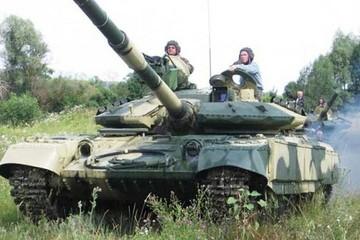 Tăng chủ lực T-64 '60 năm cuộc đời' của Ukraine sẽ ra sao khi đối mặt Nga?