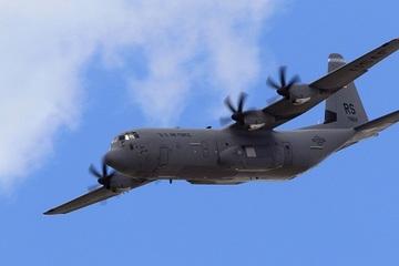 Bất chấp căng thẳng, ba máy bay vận tải quân sự của NATO đến Ukraine