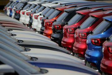 Sức mua tăng, ô tô nhập khẩu cũng tăng vọt kỷ lục