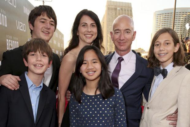 Ba siêu tỉ phú thế giới với cách nuôi dạy con cái 'khác người'