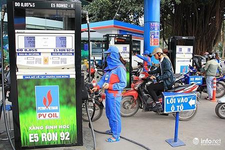 Giá xăng dầu hôm nay 27/4 bao nhiêu tiền lít?
