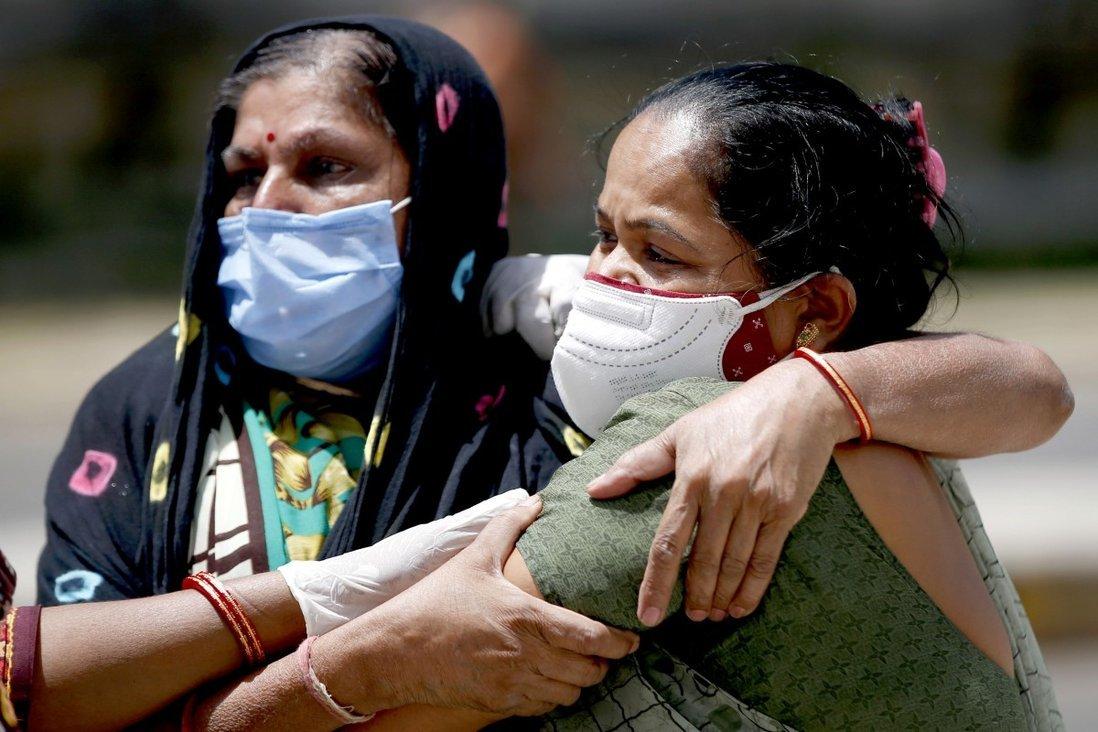 Bác sĩ Ấn Độ kêu cứu với hy vọng giúp bệnh nhân Covid-19 sống thêm được dù chỉ 1 ngày
