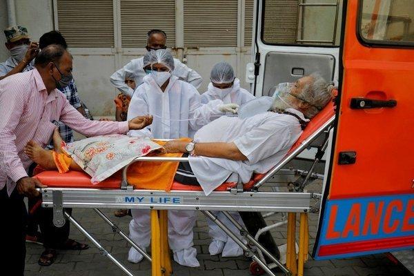 covid-19,ấn độ,cơn bão,bệnh viện