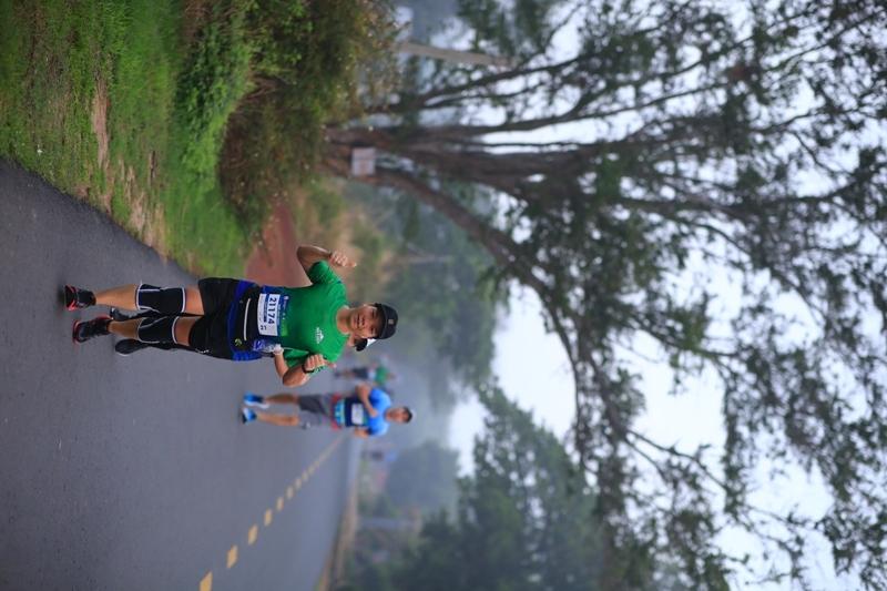 Cận cảnh đường chạy cực chất của giải chạy BaDen Mountain Marathon 2021