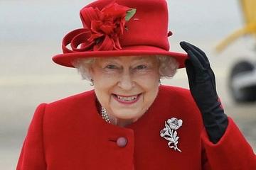 Nữ sinh Nga bất ngờ nhận được thư từ Nữ hoàng Anh Elizabeth II