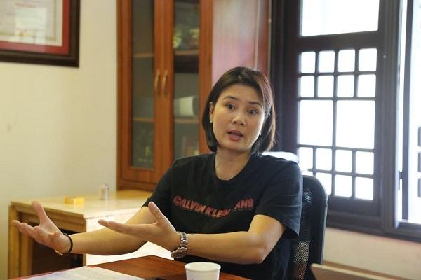 """""""CLB không tiếp tục truy cứu Kim Huệ, khuyến nghị nữ HLV không lặp lại hành vi'"""