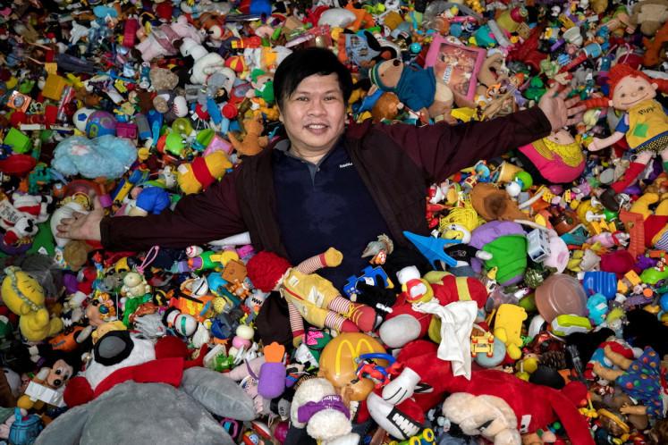 50 tuổi vẫn đam mê sưu tập đồ chơi cửa hàng đồ ăn nhanh McDonald's, Burger King