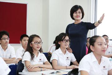Hiệu trưởng ĐH Sư phạm Hà Nội nói gì về việc đặt hàng, đấu thầu đào tạo giáo viên?