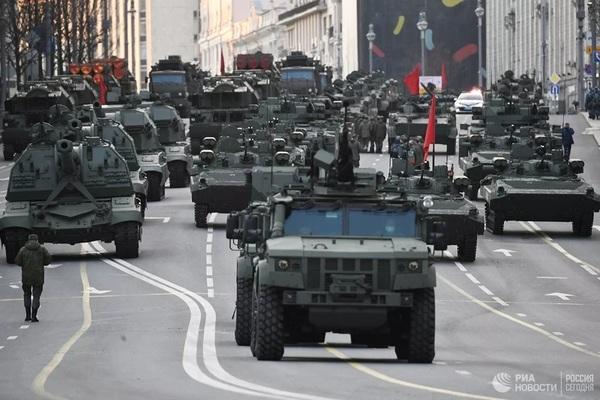Nga diễn tập Lễ duyệt binh Ngày Chiến thắng trên Quảng trường Đỏ