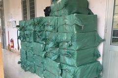 Long An bắt giữ 15.600 bao thuốc lá ngoại nhập lậu