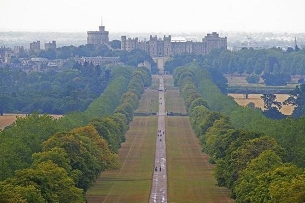 Bất động sản của Hoàng gia Anh bị người lạ đột nhập