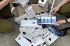 Bắt giữ nhiều bao thuốc lá nhập lậu, chuyên gia cảnh báo hệ luỵ khi gia tăng người hút thuốc
