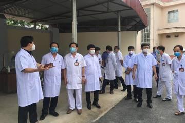 14 nhân viên y tế Bệnh viện Phúc Yên đã đến quán bar Sunny