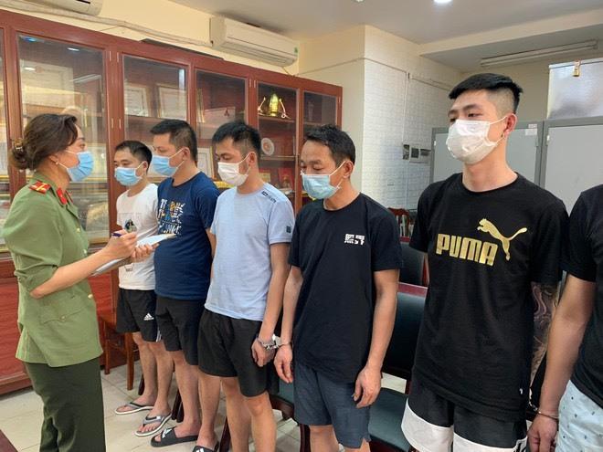 Khởi tố kẻ tổ chức cho nhóm người Trung Quốc nhập cảnh trái phép vào Việt Nam