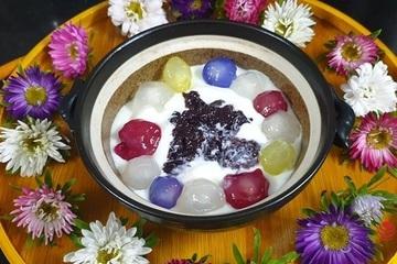 Cách làm sữa chua nếp cẩm tại nhà theo công thức của mẹ đảm Việt Anh