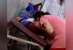 Người nhà bệnh nhân Ấn Độ tự hô hấp nhân tạo vì bệnh viện hết bình oxy?