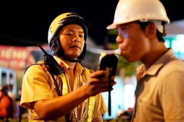 """Hàng trăm """"ma men"""" ở huyện Cư M'gar bị phát hiện, phạt hơn 1 tỷ đồng"""