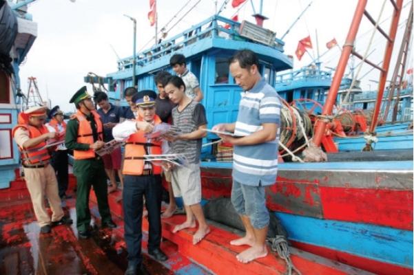 Hà Tĩnh đưa nhiều giải pháp chống khaithác hảisản bất hợp pháp