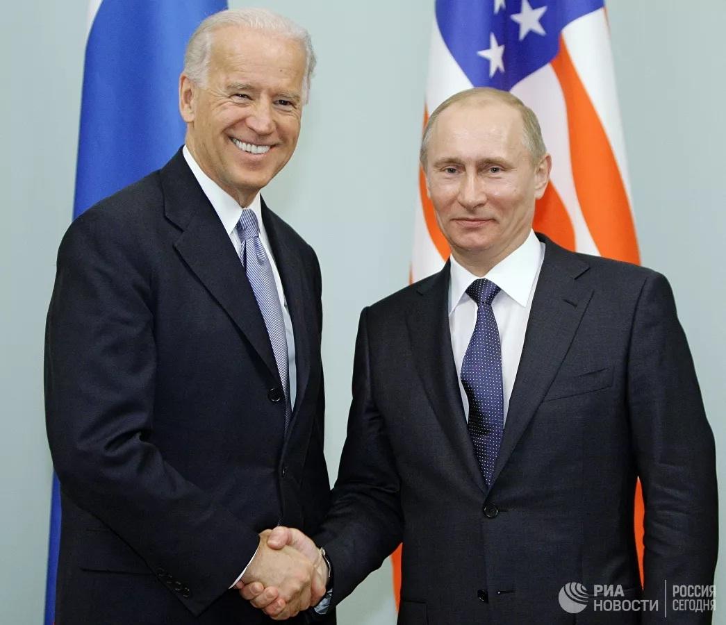 Vladimir Putin,Joe Biden