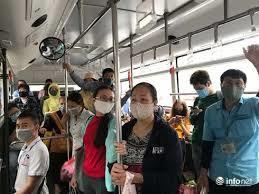Hà Nội: Xe buýt không được vận chuyển hành khách vượt quá 50% số chỗ