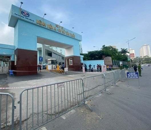 Bệnh nhân ung thư 'nháo nhác' khi bệnh viện đóng cửa