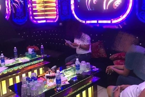 Quảng Nam: Nhóm thanh niên 'mở tiệc' ma túy trong quán karaoke giữa dịch Covid-19